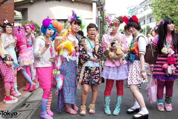 harajuku-street-fashion-a-post-373-600x400-20141218-1